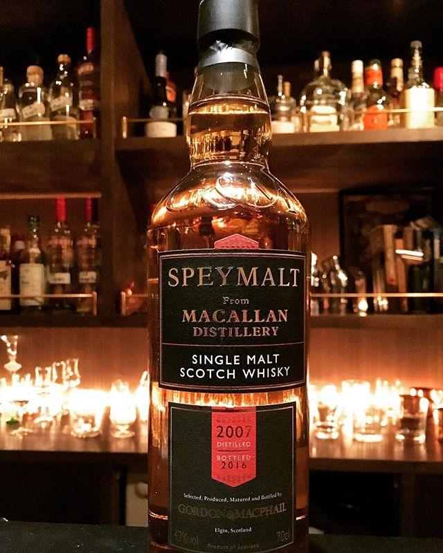 【new arrival single malt】speymalt from macallan 2007-2016 (43%) gordon&macphail高評価を頂いた2001-2016に続いて、若いものですが入荷いたしました。やはりこのシリーズのマッカランは好みです。#bar #authenticbar #gyoutoku #gyotoku #macallan #gordonandmacphail  #singlemalt #malt #whisky #ウイスキー #マッカラン #シングルモルト #バーツール #行徳 #市川市 #千葉県市川市