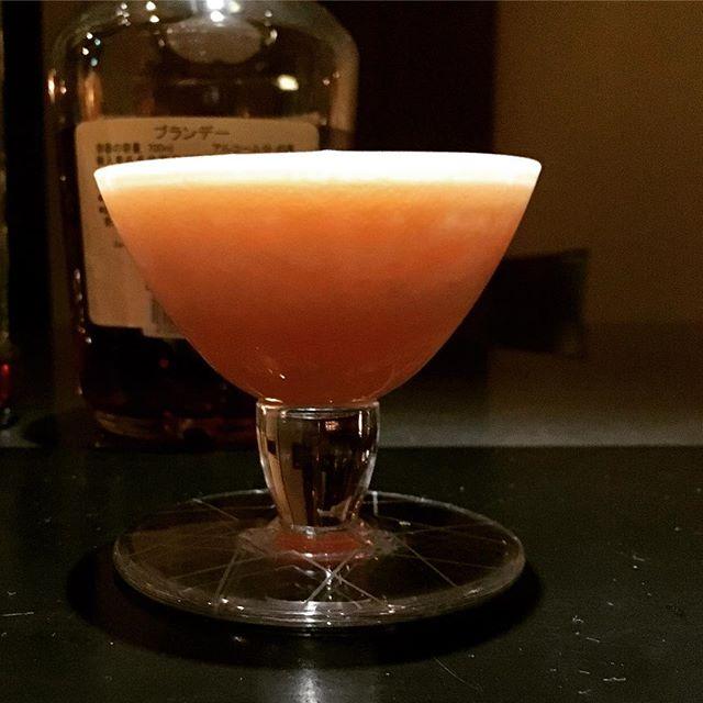 #深夜の実験 。思い描くモノを現実に近付けていくのは実に楽しい。#カクテル #cocktail