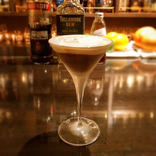 【深夜の試作】Ice Irish coffee On menuするかは未定ですが#エスプレッソ のリハビリがてら。#bar #authenticbar #bartool #cocktail #iceirishcoffee  #irishcoffee #coffee #espresso #infuse #infusion #mixology #バーツール #行徳 #行徳BAR #カクテル #アイスアイリッシュコーヒー #アイリッシュコーヒー #コーヒー #インフューズ #インフュージョン #インフュージョンカクテル #ミクソロジー