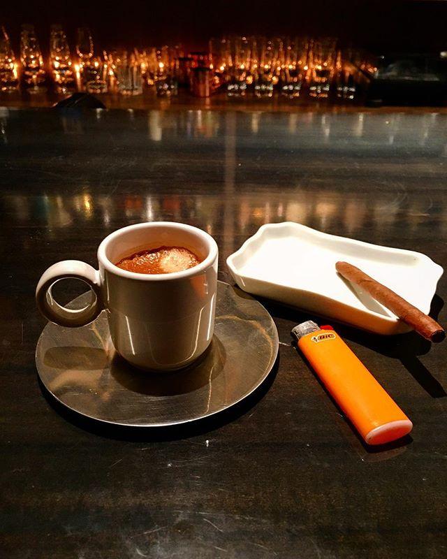 【連休の営業について】なにやら台風近づいているようですが今日も明日も営業いたします。なお月曜がお休みとなります。よろしくお願い致します。#bar #authenticbar #bartool #espresso #coffee #misceladoro  #cigar #cigarillo #partagas #gyoutoku #gyotoku #バーツール #シガー #葉巻 #シガリロ #コーヒー #エスプレッソ #ミシェラドーロコーヒー #行徳 #行徳bar #浦安 #船橋