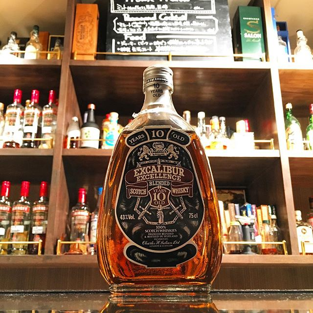 【new arrival blended malt】Excalibur 10y (80's)#bar #authenticbar #bartool #excalibur  #blendedmalt #blendedscotch  #blended #scotch #malt #whisky #oldbottle #エクスカリバー #ウイスキー #ブレンデッド #ブレンデッドウイスキー #バーツール #行徳 #行徳bar #浦安 #船橋
