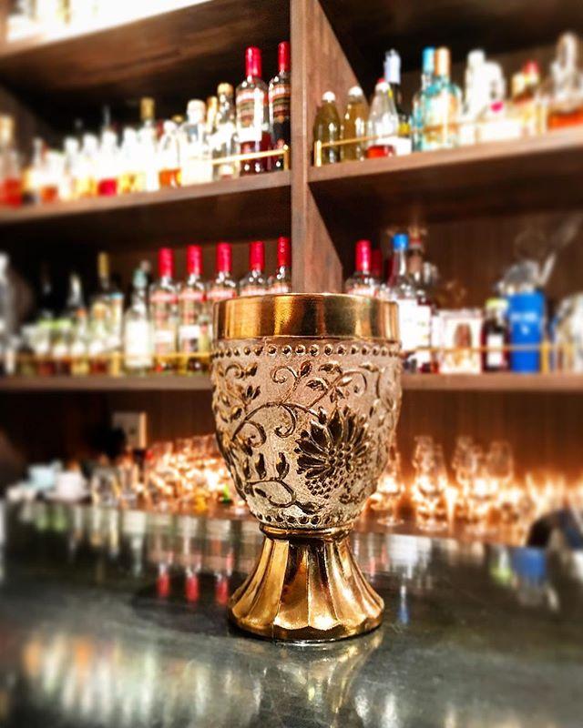 #グラス と言う名の病。#bartool #bar #authenticbar #glass #czech #czechoslovakia #bohemiaglass #antiqueglass #antique #チェコ #チェコスロバキア #アンティークグラス #アンティーク #バーツール #行徳 #行徳BAR #浦安 #船橋
