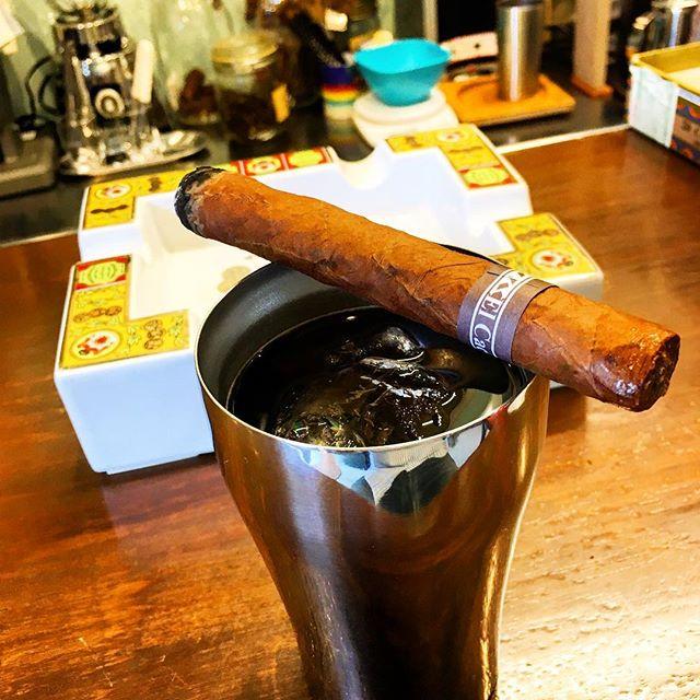 Thanx God , it's holiday !#bartool #bar #authenticbar  #cigar #calmdown #1960coffee #coffee #バーツール #行徳 #シガー #コーヒー#葉巻 #行徳BAR #浦安 #船橋 #神奈川