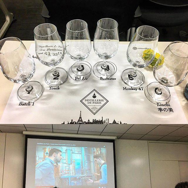 """本日は""""飲める香水""""と称されるパリ唯一の#クラフトジン 、#ディスティレリドパリ のセミナーに参加。数あるクラフトジンの中でも興味あるものなのでいろいろ聞けて良かった。ありがとうございました。#bar #authenticbar #bartool #distilleriedeparis #craftgin #gin #ジン #バーツール #行徳 #行徳bar"""