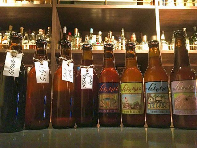 【guest beer】songbird brewery gionogigi manos verdebiér de gardemodernewheatblondebrett table beer先月に数本ずつ入荷してあっという間になくなった木更津のマイクロブルワリー、ソングバードさんのビール入荷致しました。膨よかで香り高い、ベルジャンスタイルのビールを醸しています。今回は8種類各数本ずつの入荷。また、ブルワリーの生産が追いついていないとのことで次回の入荷は保証できません。ビール好きのみならずワインやモルト好きの方々にもぜひ体験していただきたいビールたちです。ご興味ある方はお早めにどうぞ。#bartool #bar #authenticbar #beer #microbrewery #craftbeer #bergianbeer #songbirdbeer #クラフトビール #クラフトビア #ベルジャンビール #ベルギービール #ビール #ソングバードビール #ソングバード #マイクロブルワリー #バーツール #行徳 #行徳BAR #浦安 #船橋 #木更津