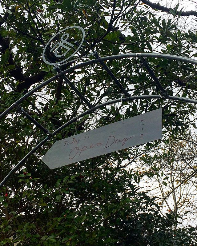 【本日の課外研修】本日はmitosaya 薬草園蒸留所がオープン デイということで見学に。実に楽しい(訪れるまでの道程込みw)。 #bartool #bar #authenticbar #mitosaya #mitosaya大多喜薬草園蒸留所 #行徳 #行徳BAR #浦安 #船橋